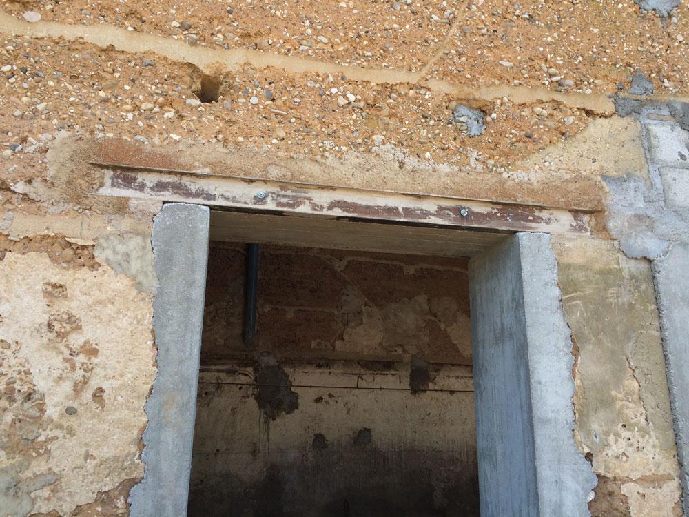 D coration renover une maison ancienne 77 aulnay sous for Renover une table en bois